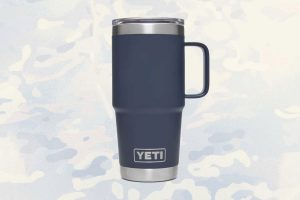 A Thermal mug that's ready to go.